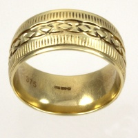 9ct gold 8.8mm D-shape Band Ring size O